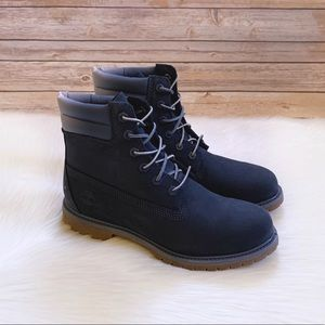 "Timberland Women's Waterville 6"" Waterproof Boots"